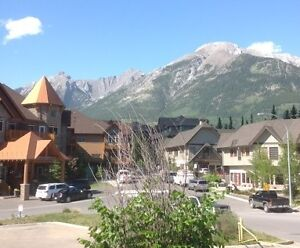 CANMORE FURNISHED 1-BEDROOM CORNER VIEW CONDO $1,400 + UTILITIES