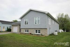 Homes for Sale in Lansdowne, Ontario $349,900