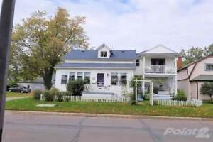 Homes for Sale in Fort Erie Beach, Fort Erie, Ontario $425,000