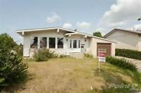 Homes for Sale in Caenarvon, Edmonton, Alberta $359,900