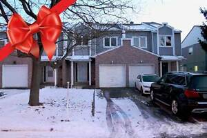 Homes for Sale in Pointe Claire, Montréal, Quebec $328,800
