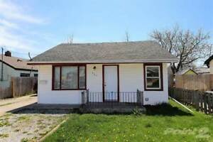 Homes for Sale in SOUTHWORTH ST, Welland, Ontario $199,900