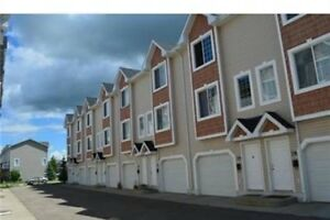Lakewood 2 bedroom Townhouse- March 1st