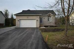 Homes for Sale in Pefferlaw, Ontario $529,900