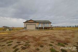 Homes for Sale in Stirling, Alberta $379,900