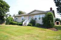 Homes for Sale in Stratford, Prince Edward Island $194,800