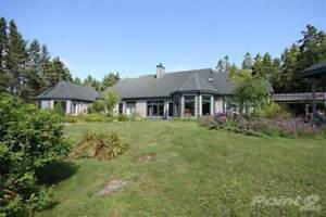 St. Andrews Seaside Home and Guest Cottage