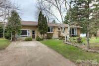 Homes for Sale in Melbourne, Ontario $249,900