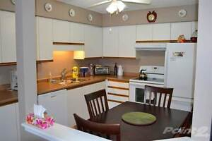 Condos for Sale in Perth County, STRATFORD, Ontario $149,900 Stratford Kitchener Area image 6