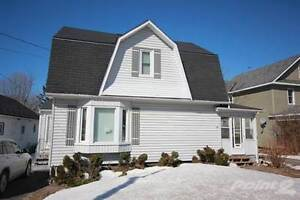 Homes for Sale in Parry Sound, Ontario $209,000