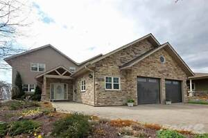 Homes for Sale in Parry Sound, Ontario $1,175,000