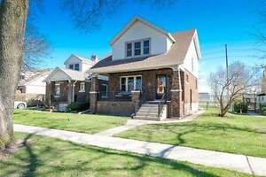 Homes for Sale in South Walkerville, Windsor, Ontario $194,900