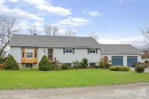 Homes for Sale in Crescent Park, Fort Erie, Ontario $369,900