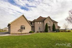 Homes for Sale in LaSalle, Ontario $729,900
