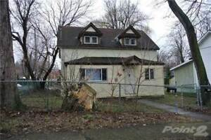Multifamily Dwellings for Sale in Fort Erie, Ontario $245,000