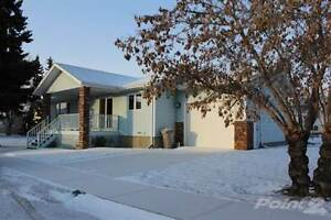 Homes for Sale in Mundare, Alberta $239,000