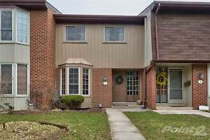Condos for Sale in Dynes, Burlington, Ontario $379,900