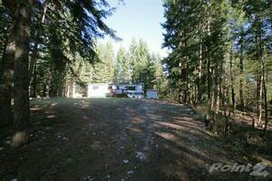 Homes for Sale in Yankee Flats, British Columbia $399,900