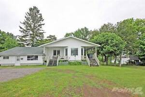 Homes for Sale in Parry Sound, Ontario $479,000