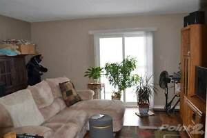 Condos for Sale in Perth County, STRATFORD, Ontario $149,900 Stratford Kitchener Area image 10