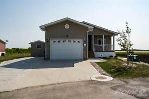 Homes for Sale in Sanford, Manitoba $289,900