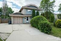 Homes for Sale in Canterbury Park, Winnipeg, Manitoba $274,900