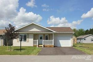 Homes for Sale in Strathroy, Ontario $179,576