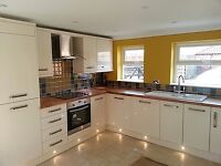 Kitchen fitter and bathroom fitter