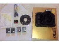 Nikon D700, boxed