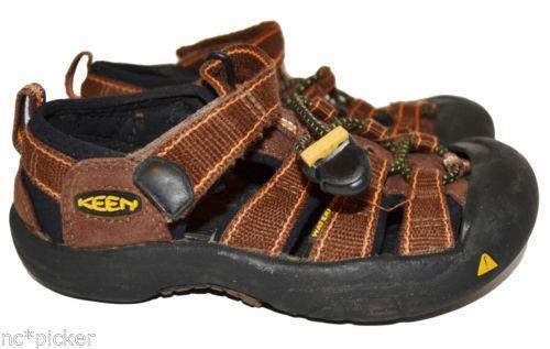 7bc06b0a3f14 Keen Hiking Sandals