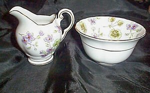 Beautiful Tuscan English Bone China Cream and Sugar Set