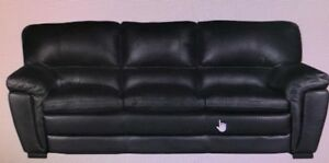 Leather Loveseat and Sofa set! mint condition! $850 OBO