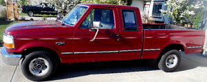 1994 Ford F-150 XL Extended Cab Pickup Truck