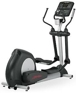 Life Fitness Integrity Series Elliptical CLSX