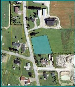 GREAT 1 ACRE LOT IN ST-ANDRÉ (RTE 255)