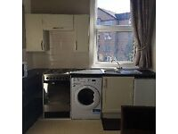 ONE BEDROOMED IST FLOOR FLAT, QUIET LOCATION, SOUTH CLIFF. A VERY BRIGHT AND CLEAN. FLAT