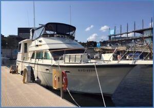 Hatteras 43 Motoryacht
