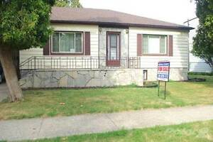 Homes for Sale in Windsor, Ontario $149,900