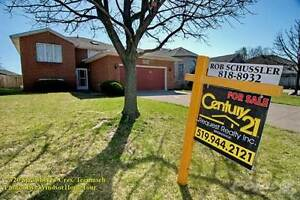 Homes for Sale in Tecumseh, Ontario $299,900