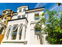 New refurbished large 3 bed ground flat to rent 2 mins to wood green tube