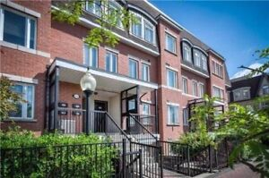 LARGE ONE BEDROOM TOWNHOME IN THORNHILL VILLAGE BAYVIEW MARKHAM