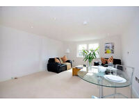 Large one bedroom flat available in West Kensington SHORT TERM LET FOR 3 MONTHS available now