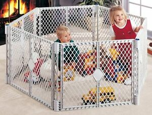 North states superyard plastic play pen enclosure gate Kingston Kingston Area image 4