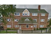 2 bedroom flat in Oldham, Oldham, OL8