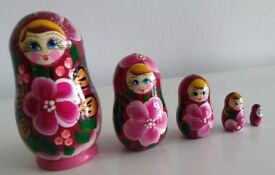Set of 5 Russian (Matryoshka) Handcarved Genuine Russian Dolls (New / Boxed)