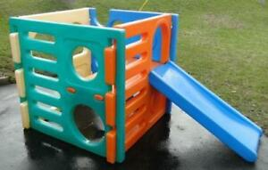 LITTLE TYKES CUBE CLUMBER WITH SLIDE