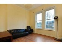 Brilliant One Bedroom Conversion Flat in Period Building on Quiet Road in Streatham