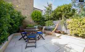 4 BED HOUSE IN WIMBLEDON (5 MINS WALK FROM WIMBLEDON STATION - JUST OFF BROADWAY)