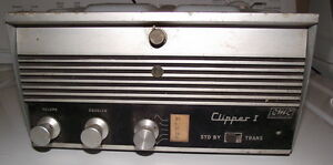 Clipper 1 made in Canada tube type marine radio for parts $5.00