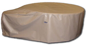 Softub Bi - Fold  Tubcover... plus chemicals at clearout prices!